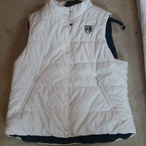 American eagle white puffy vest